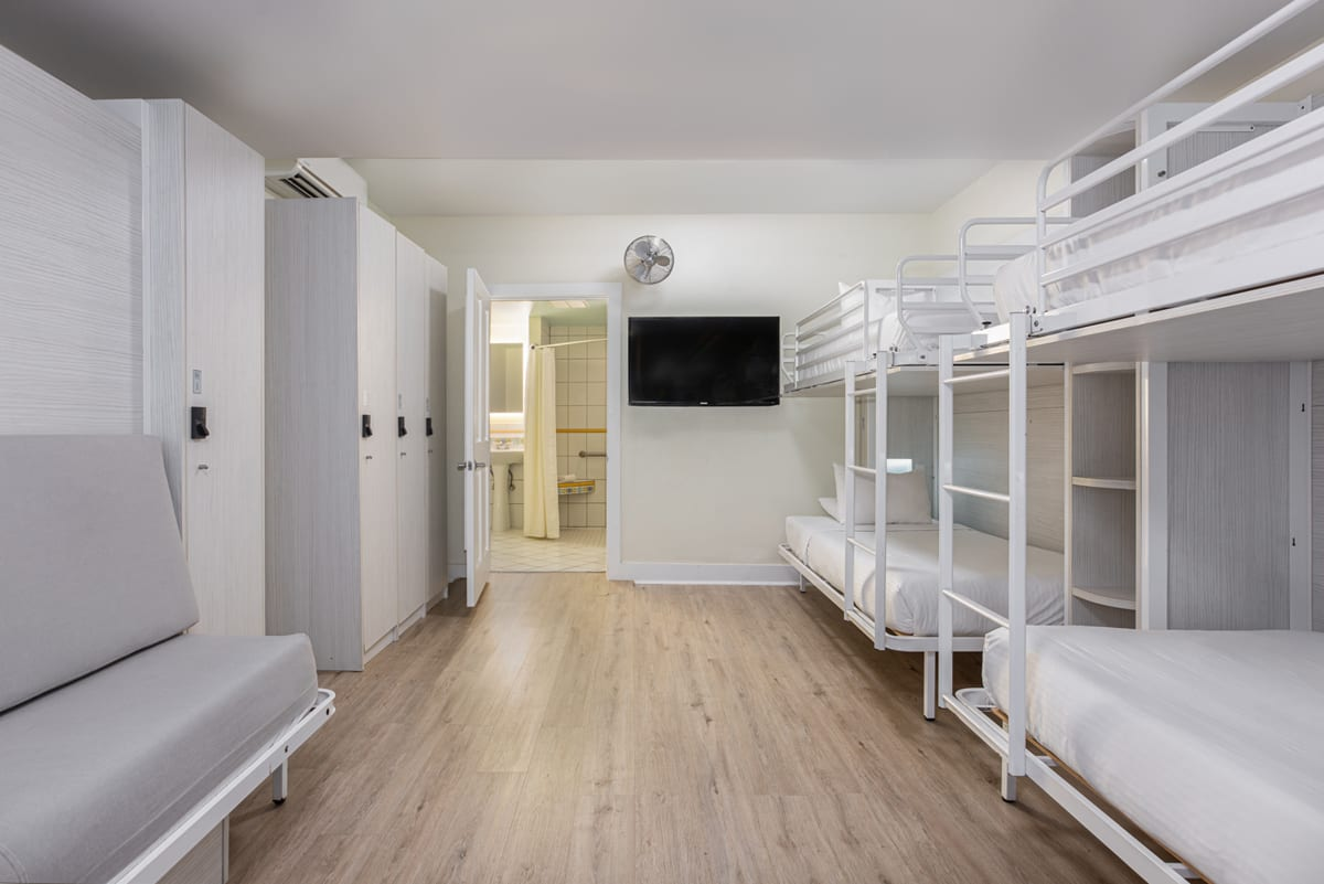 NYAH 4 Single Beds ACCESSIBLE