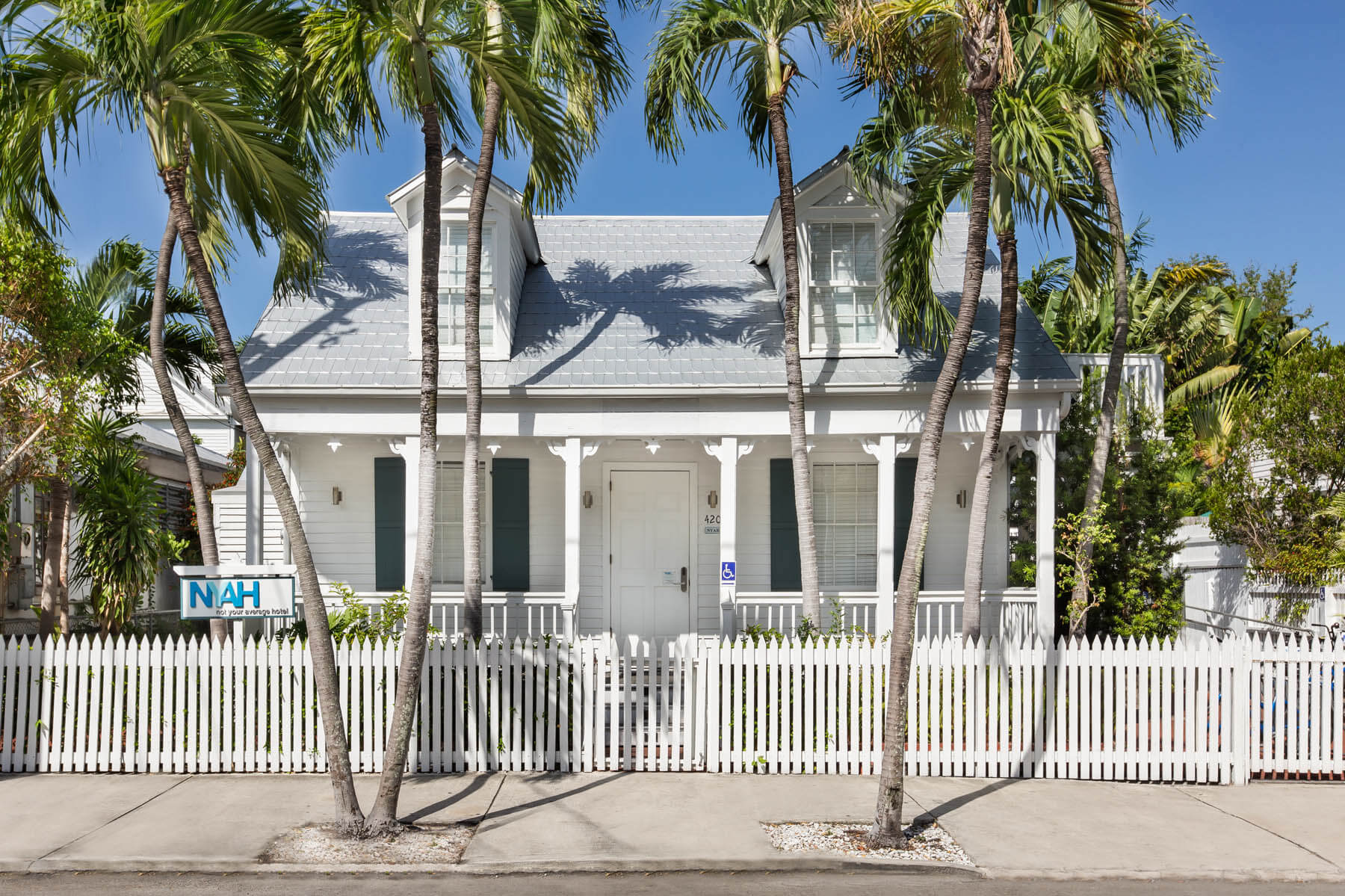 An image of a Key West hotel near Jeep rental services.